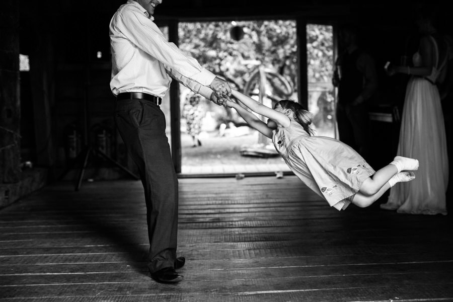 Ratsbury Barn Wedding Photographer
