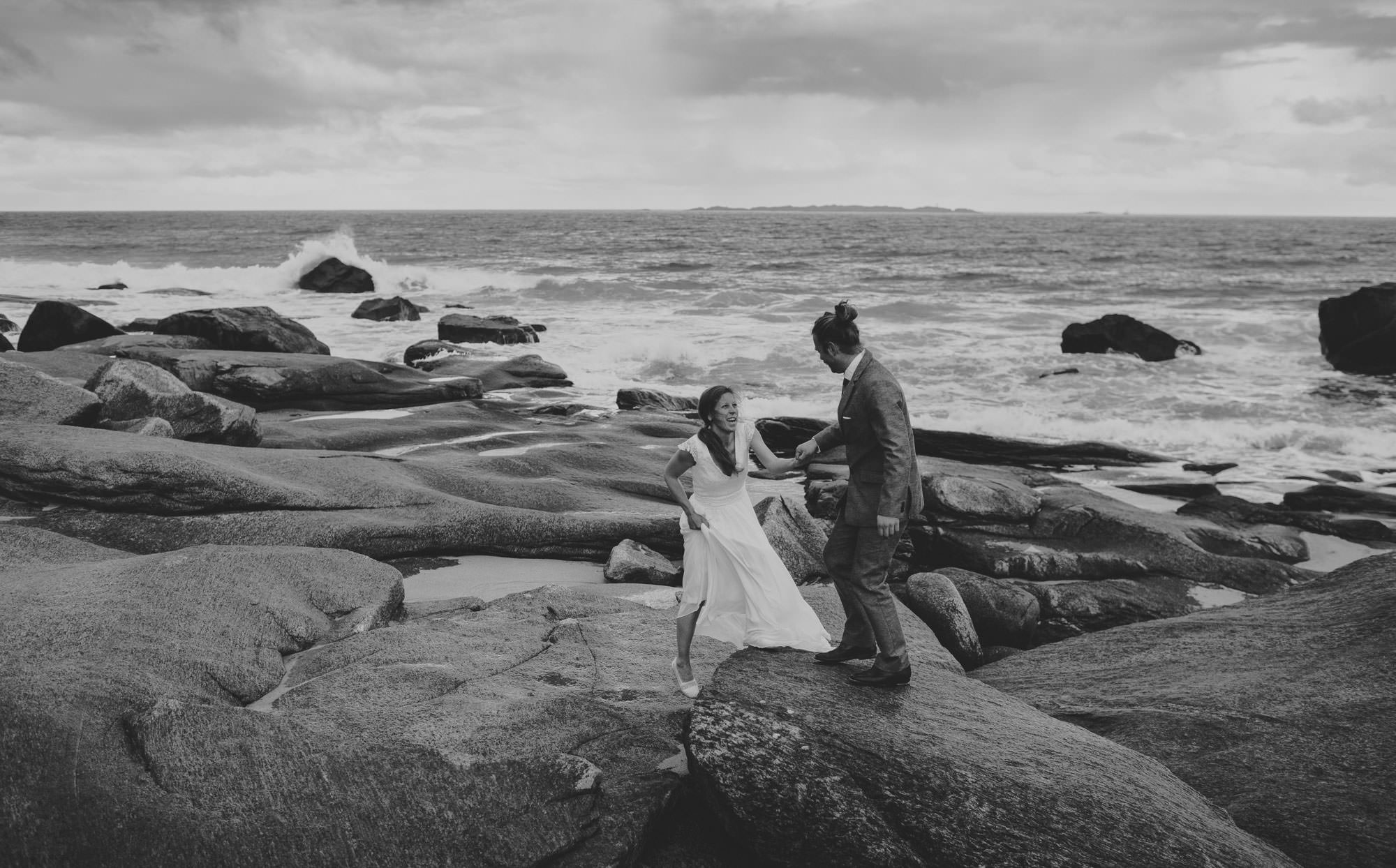 lofoten beach wedding