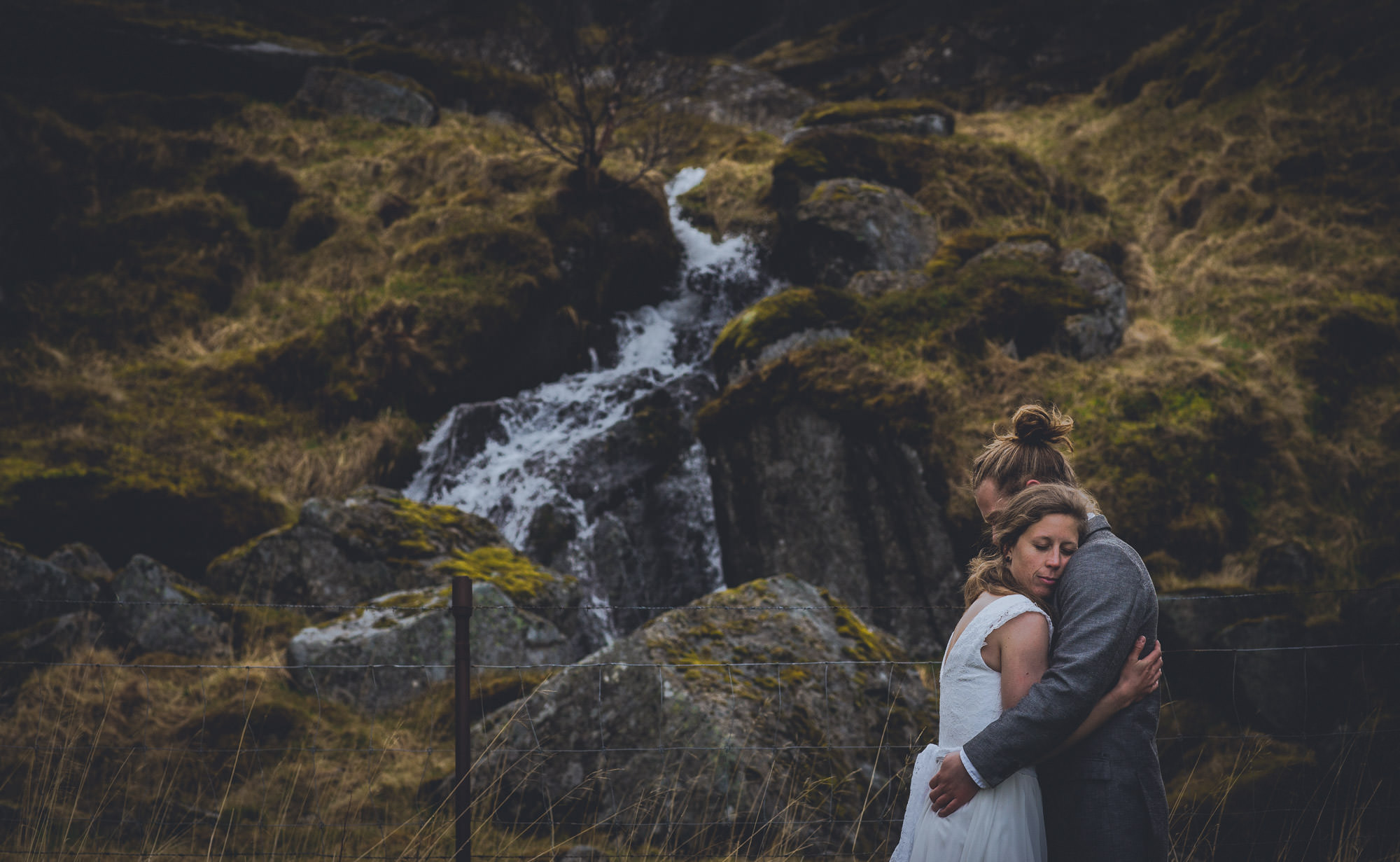 waterfall wedding photos