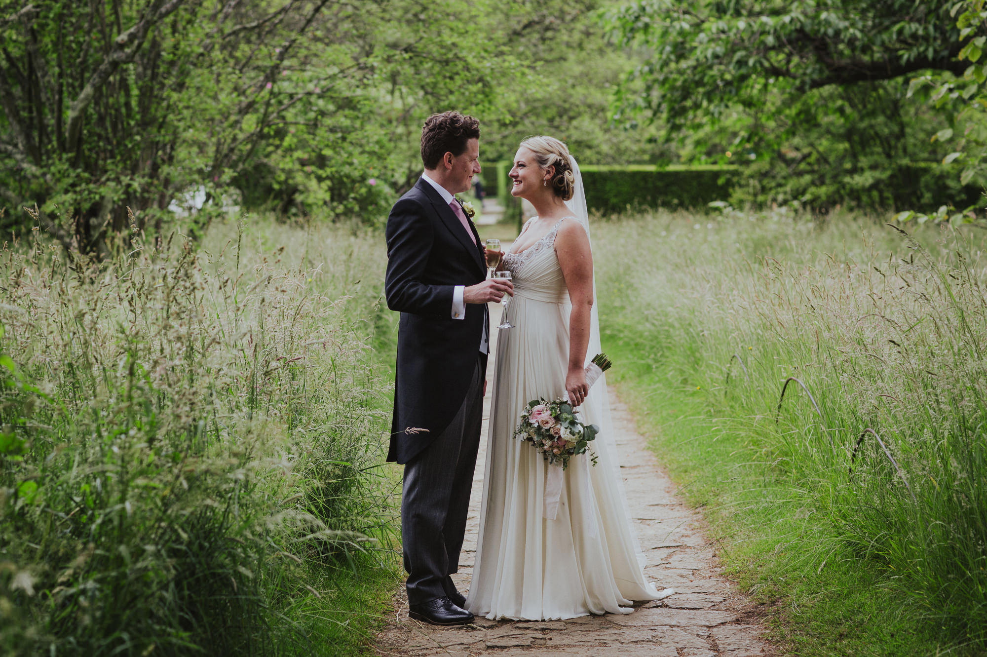 Batemans Wedding Photographer
